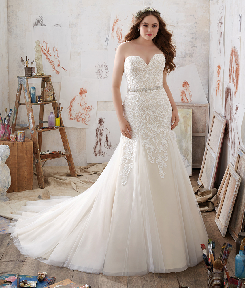 Mori Lee 2019 Wedding Dresses: Mori Lee // Dress Style 3215 From The Julietta Plus Size