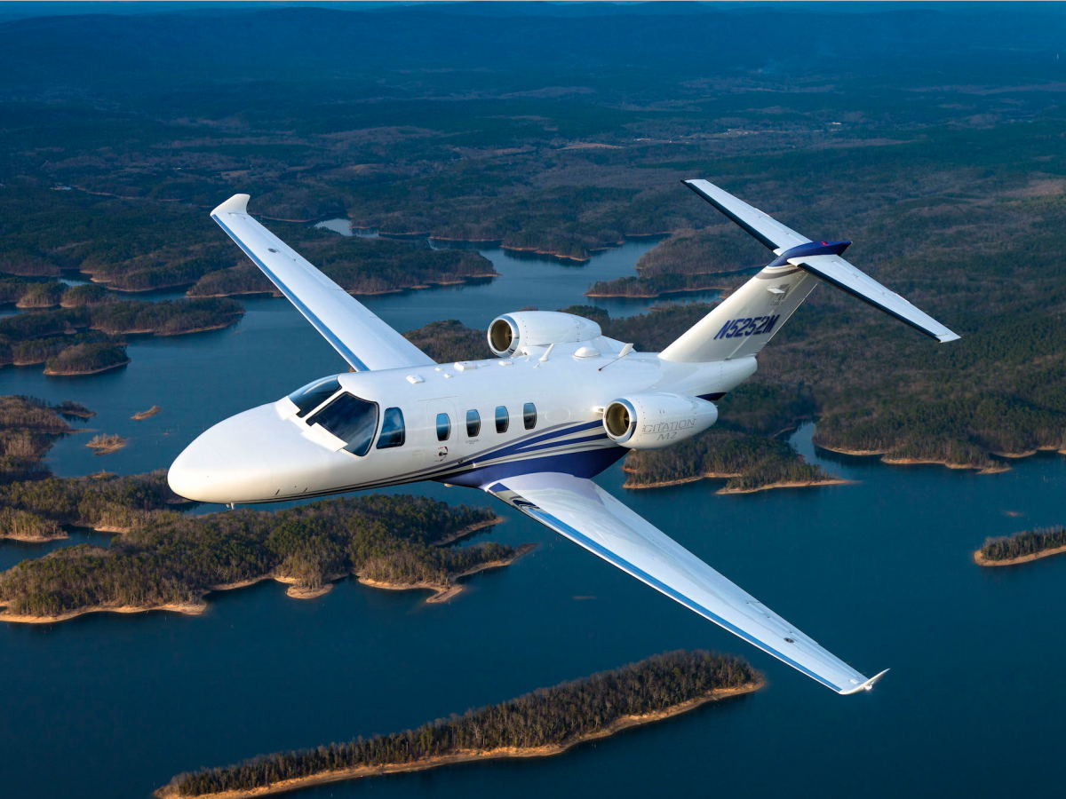 I Flew On Honda S 4 9 Million Private Jet And It S An Absolute Game Changer Private Jet Private Aircraft Luxury Private Jets