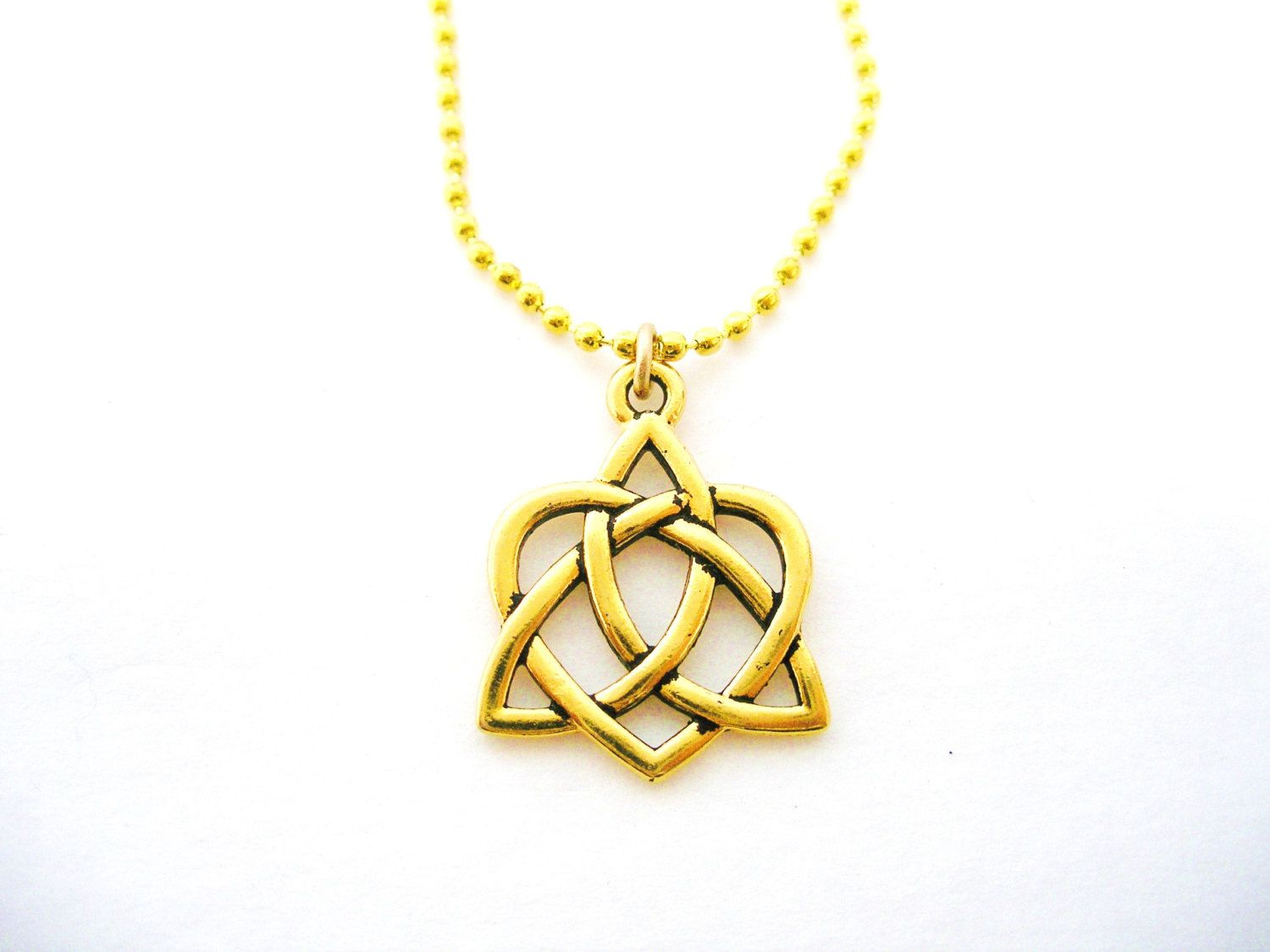 Gold celtic heart love knot irish triquetra necklace gold trinity gold celtic heart love knot irish triquetra necklace gold trinity knot necklace aloadofball Image collections