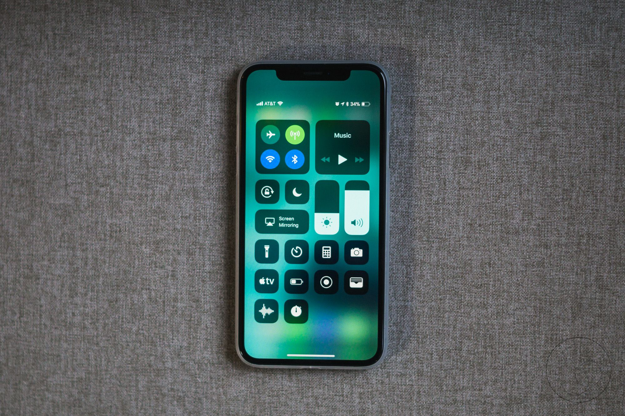 Ios 11 2 Beta 6 Released Send And Receive Money With Apple Pay Cash Ios 11 Ios Iphone Screen