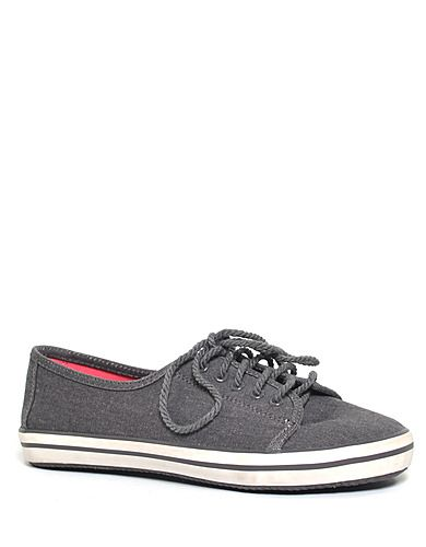 Modesto Canvas Sneakers