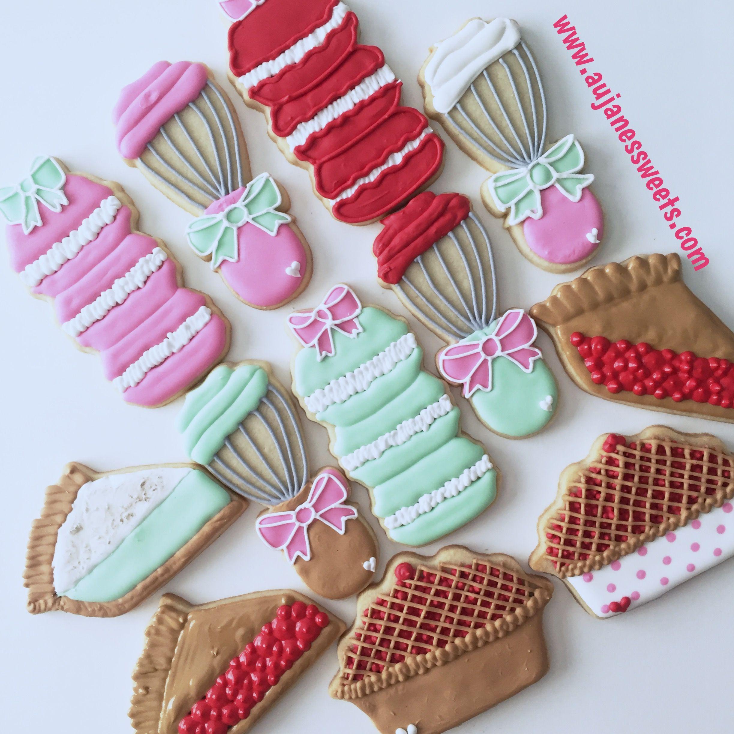 I am in love with these new designs!  #sugarcookies #piecookie #macaron #macaroncookie #sliceofpie #aujanessweets #leaguecitytx #whiskcookie #foodie #cookiesofinstagram #decoratedcookies