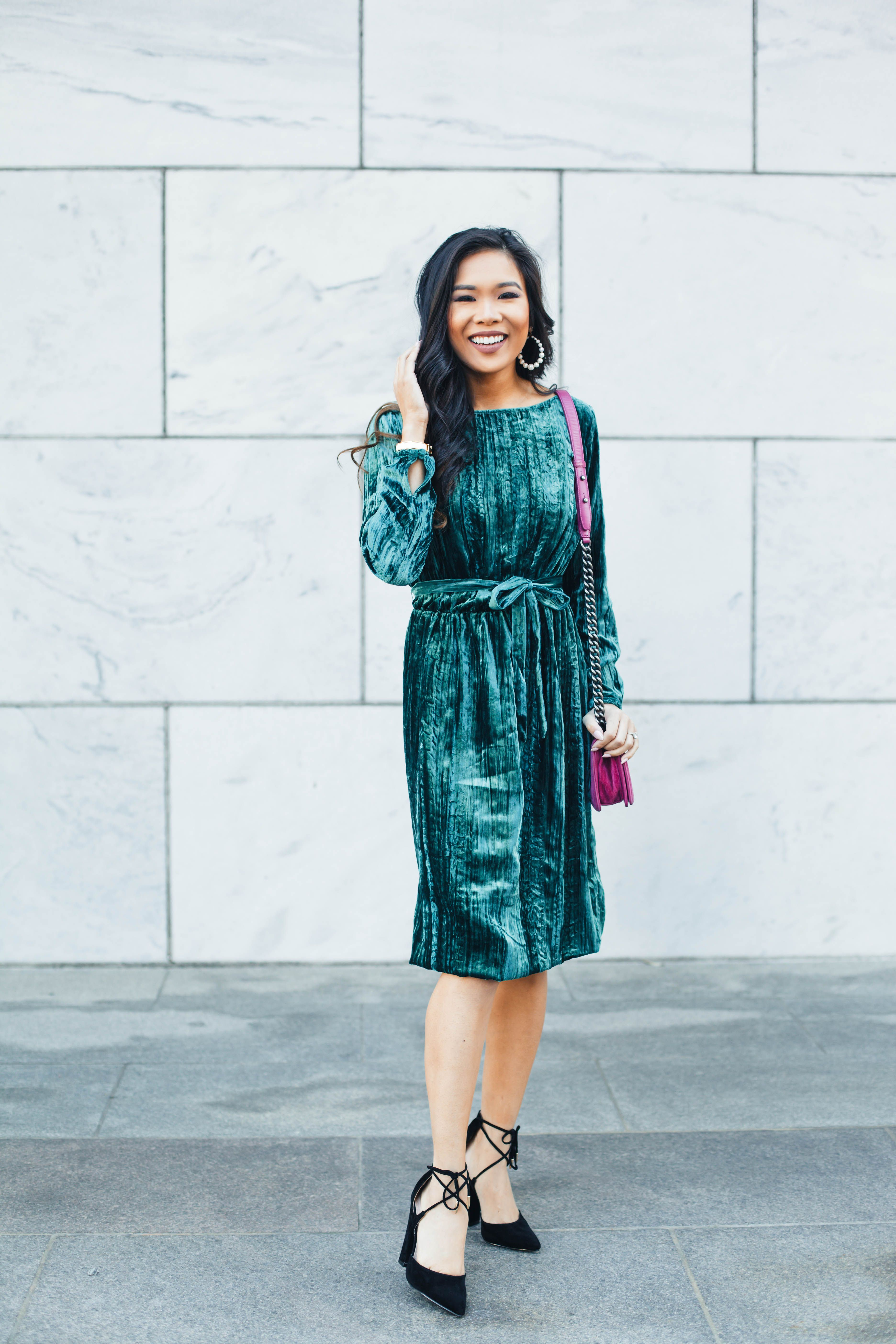 0e333ec51 Holiday Style with Lulus :: Green Velvet Midi Dress & More | color ...