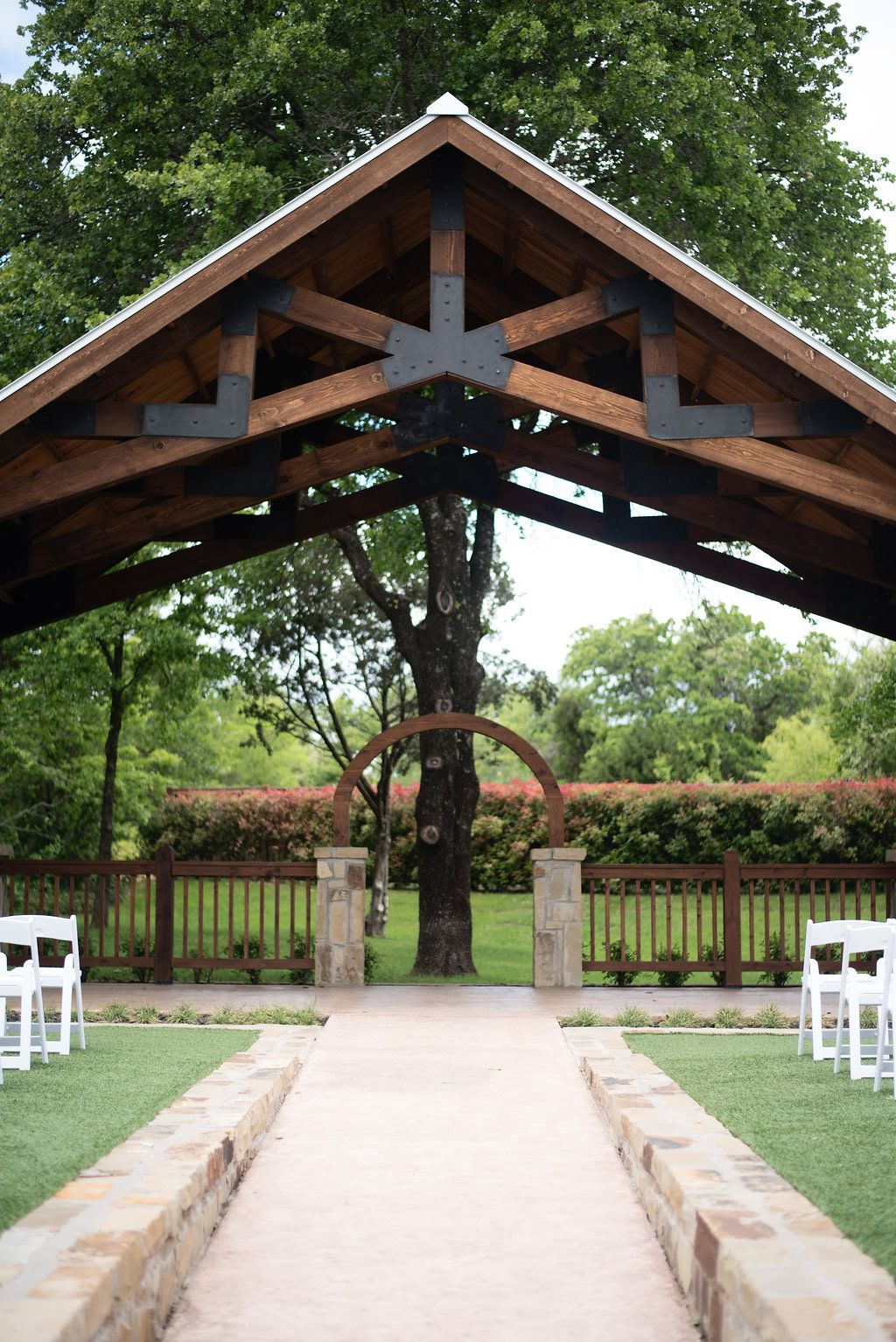 Outdoor Fort Worth Wedding Venue Places To Get Married In Fort Worth Texas Outdoor Wedding C Outdoor Wedding Venues Texas Outdoor Wedding Venues Outdoor
