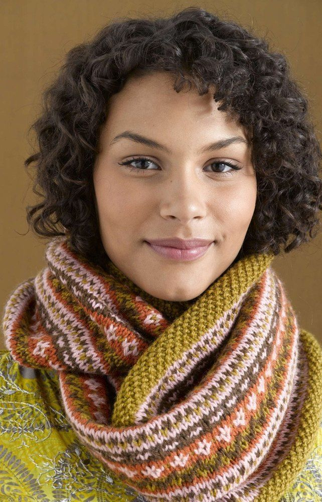 Hanna Cowl In Lion Brand Wool Ease 90627ad Discover More Patterns
