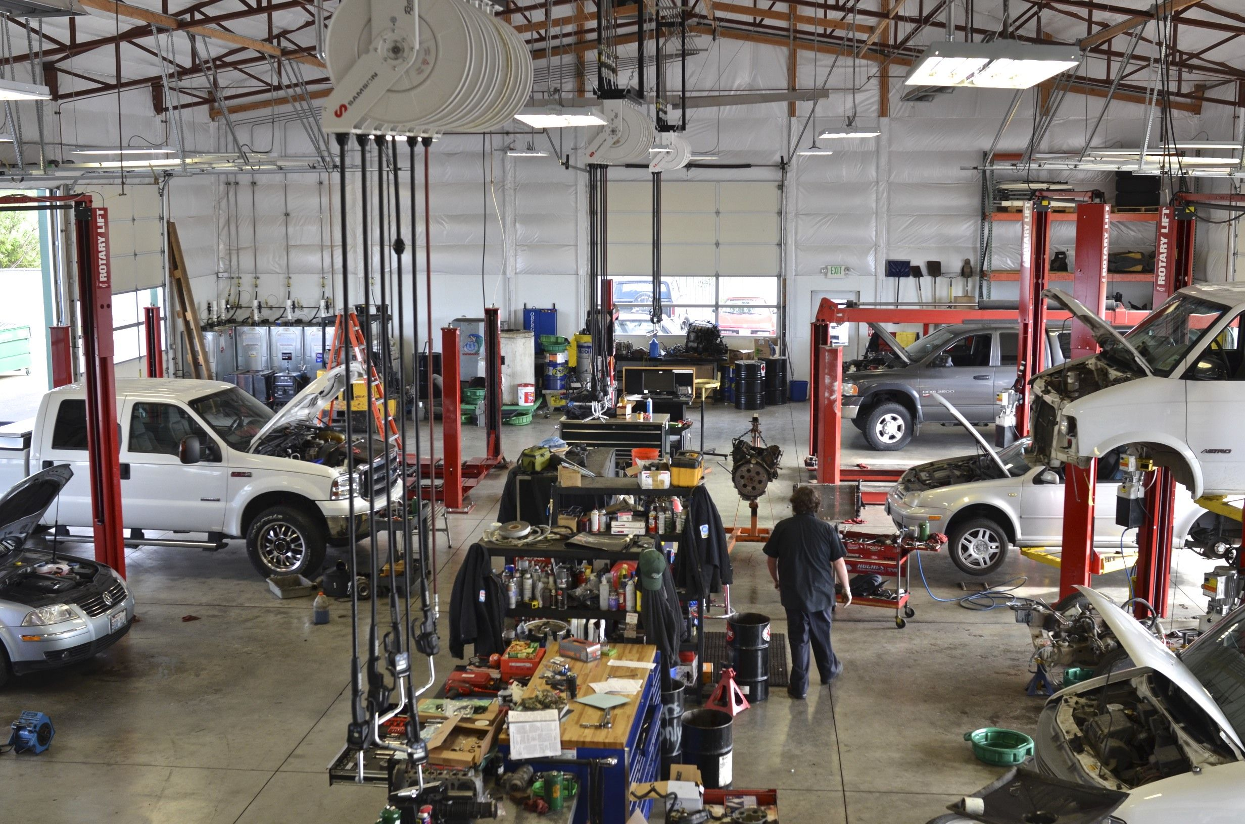 Car Repair Shop Auto Repair Shop Auto Repair Garage Makeover