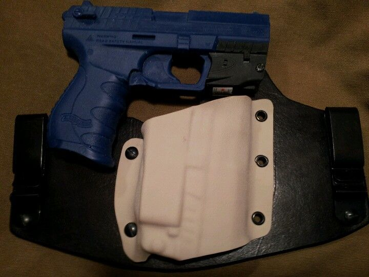 Walther PK380 w/ Walther PK380 laser hybrid holster