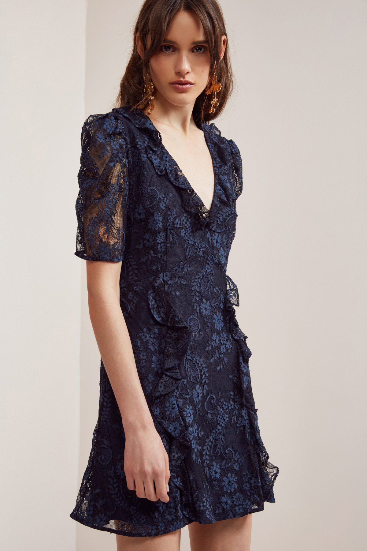 Hold on lace dress navy lace dress keepsakes and wedding planning