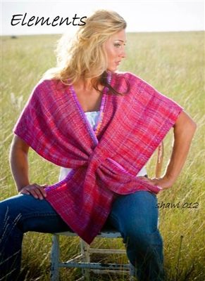 Super easy wrap with slip through closure. Perfect for handwovens, sheers and bulky fabrics alike!
