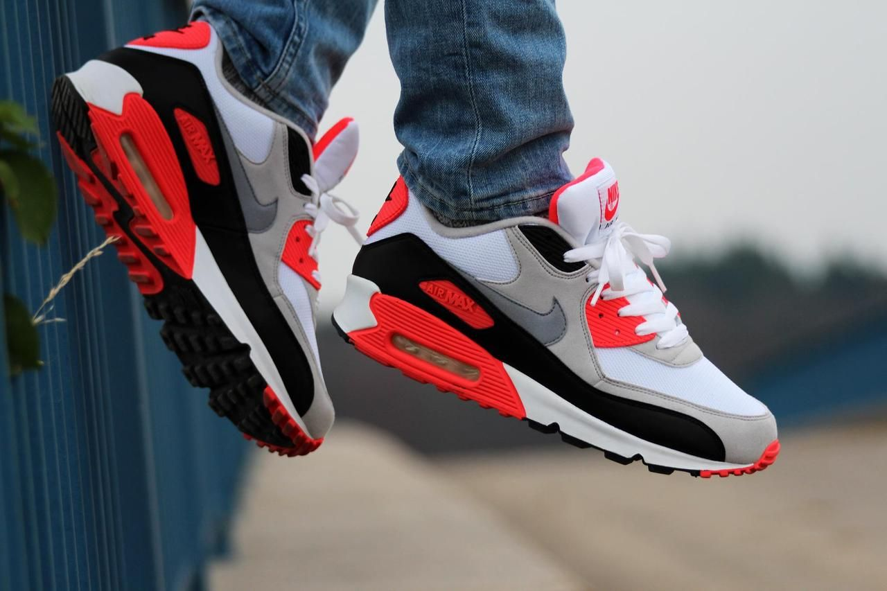 more photos 84bb7 11f4a Nike Air Max 90