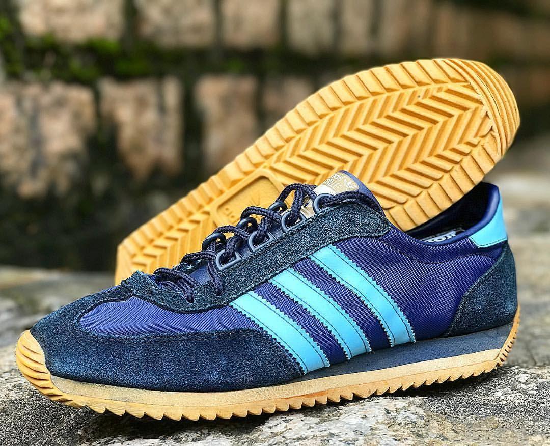 superficie puramente Sud America  adidas Originals Achille | Sport fashion, Adidas, Sneakers
