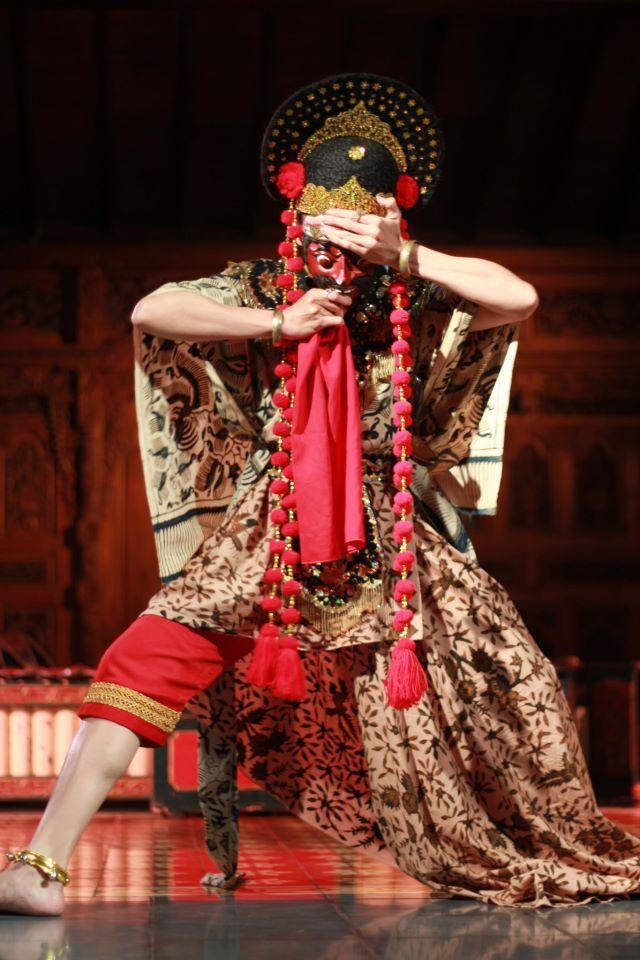 Nani Penari Topeng Losari Cirebon Gambar Tarian Topeng Fotografi