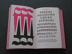 Fraktur mon amour (:nike) Tags: typography amour mon fraktur specimen typoschriftmuster frakturmonamour