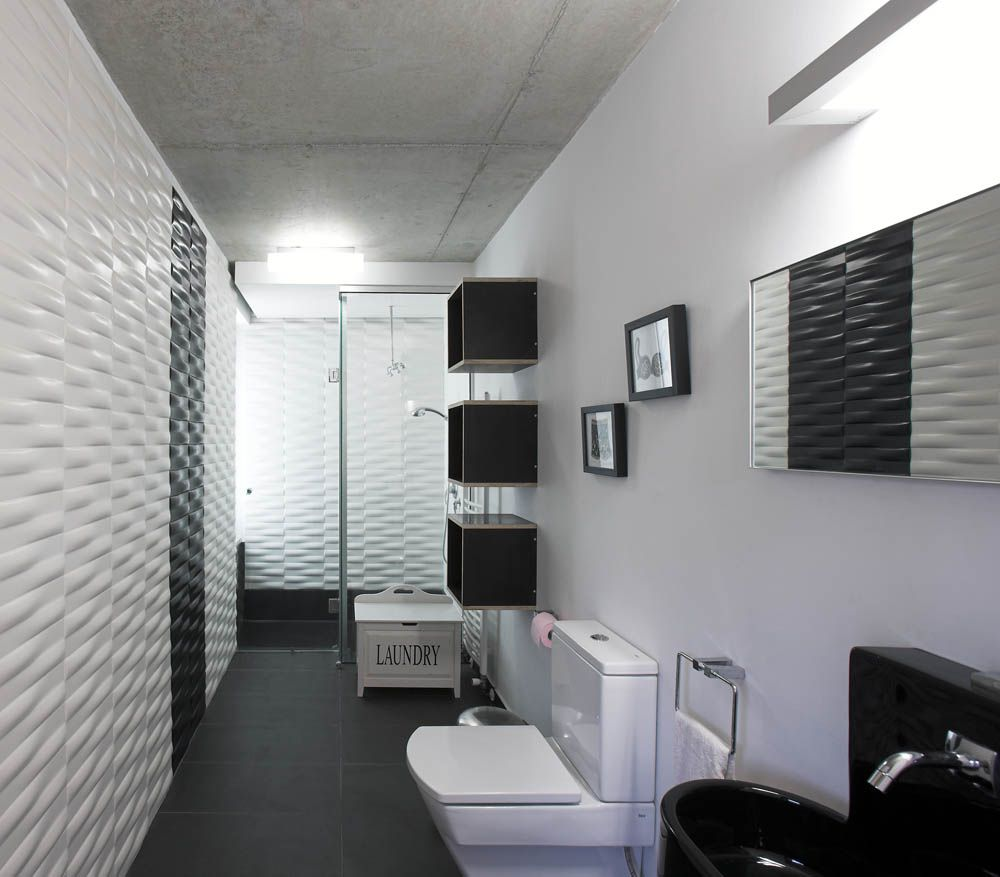 Marvelous Best 11 Stylish Black And White Bathrooms Collection : Ultra Modern  Lengthwise Black And White Based