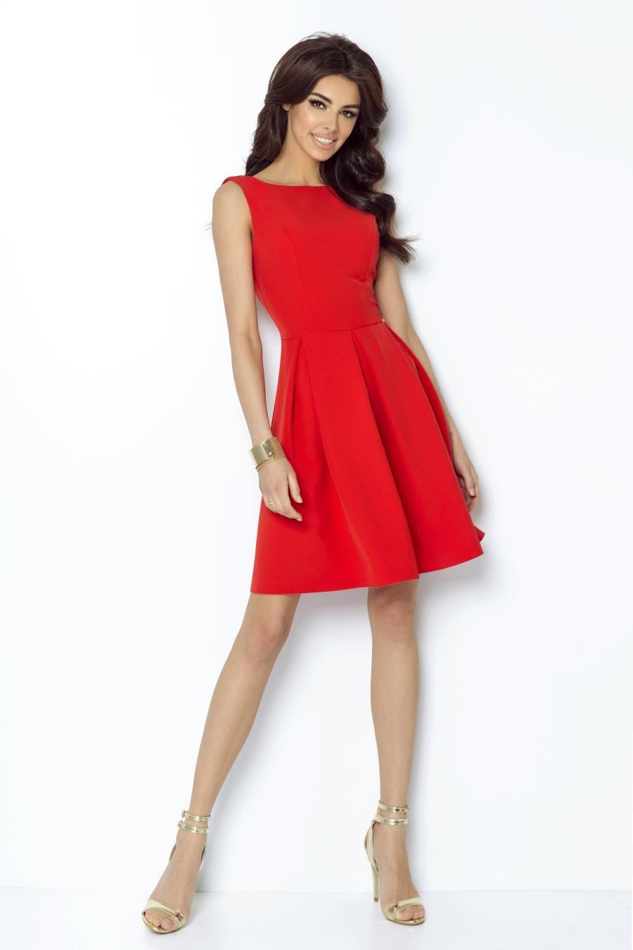 Sukienka Rozkloszowana W Kontrafaldy Czerwona 215 Dresses Taylor Dress Model Dress