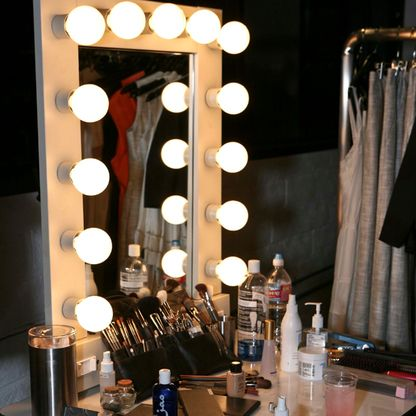 Broadway lighted table top vanity mirror hair and make up broadway lighted table top vanity mirror mozeypictures Choice Image