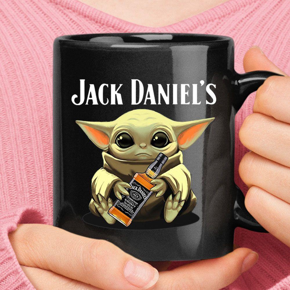 Baby Yoda Hugs Jack Daniel S Bottle Star Wars Mug The Daily Shirts Alcoholic Babyyoda Disney Jackda Star Wars Mugs Captain Morgan Bottle Fireball Bottle