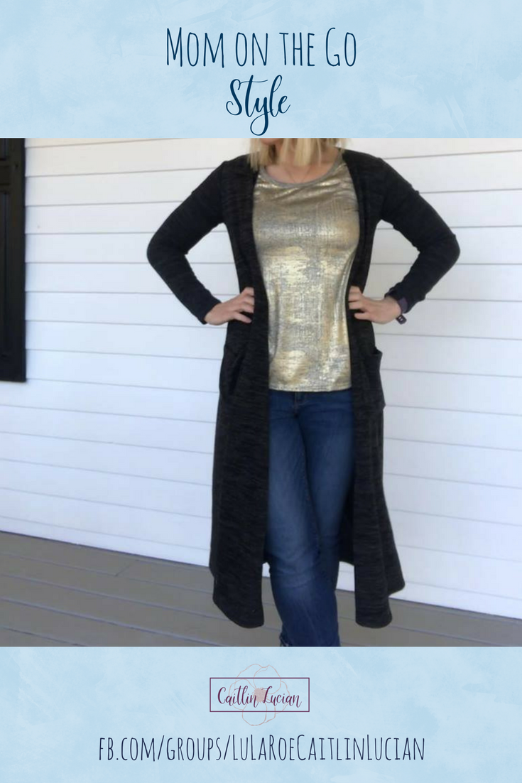 7cecf7e61e4 Outfit ideas for moms on the go. Cute casual style for moms that is  comfortable and affordable. What to wear on the weekends