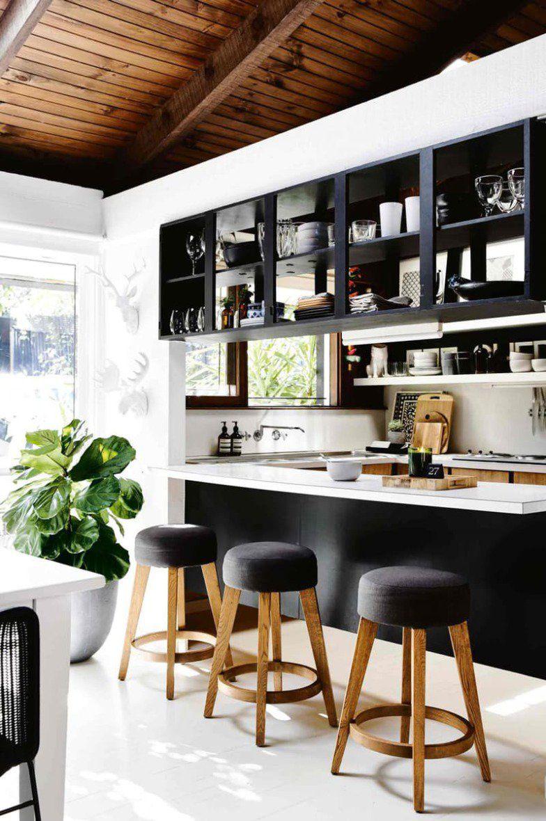 12 maneiras de usar prateleiras abertas na cozinha