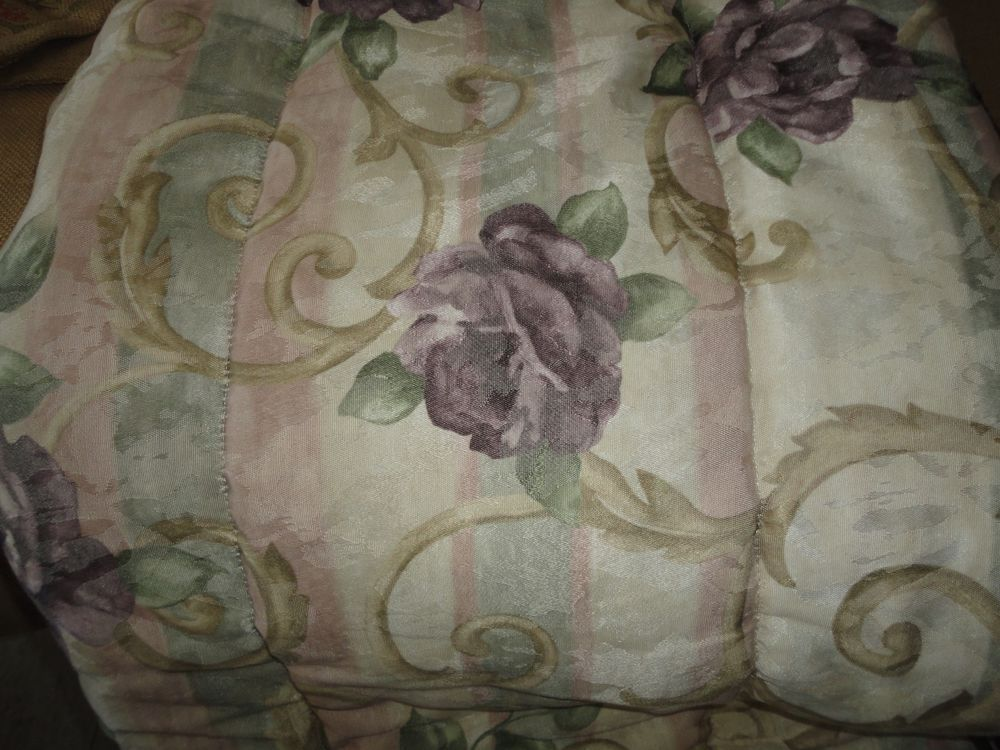 Croscill Chambord Cassis Queen Comforter Floral Amethyst