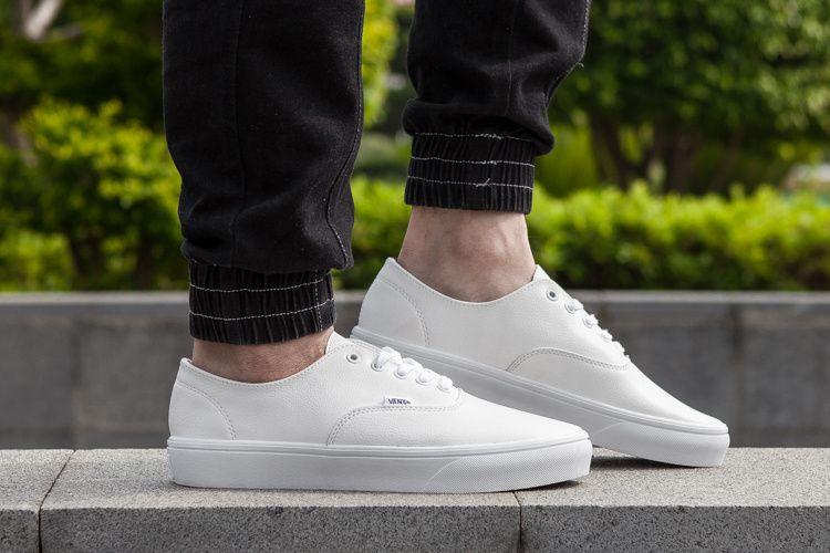 VANS new Korean version of the white