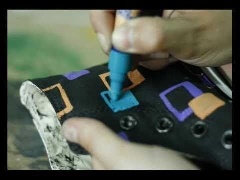No pintas nada - Zapatillas pintadas a mano - YouTube