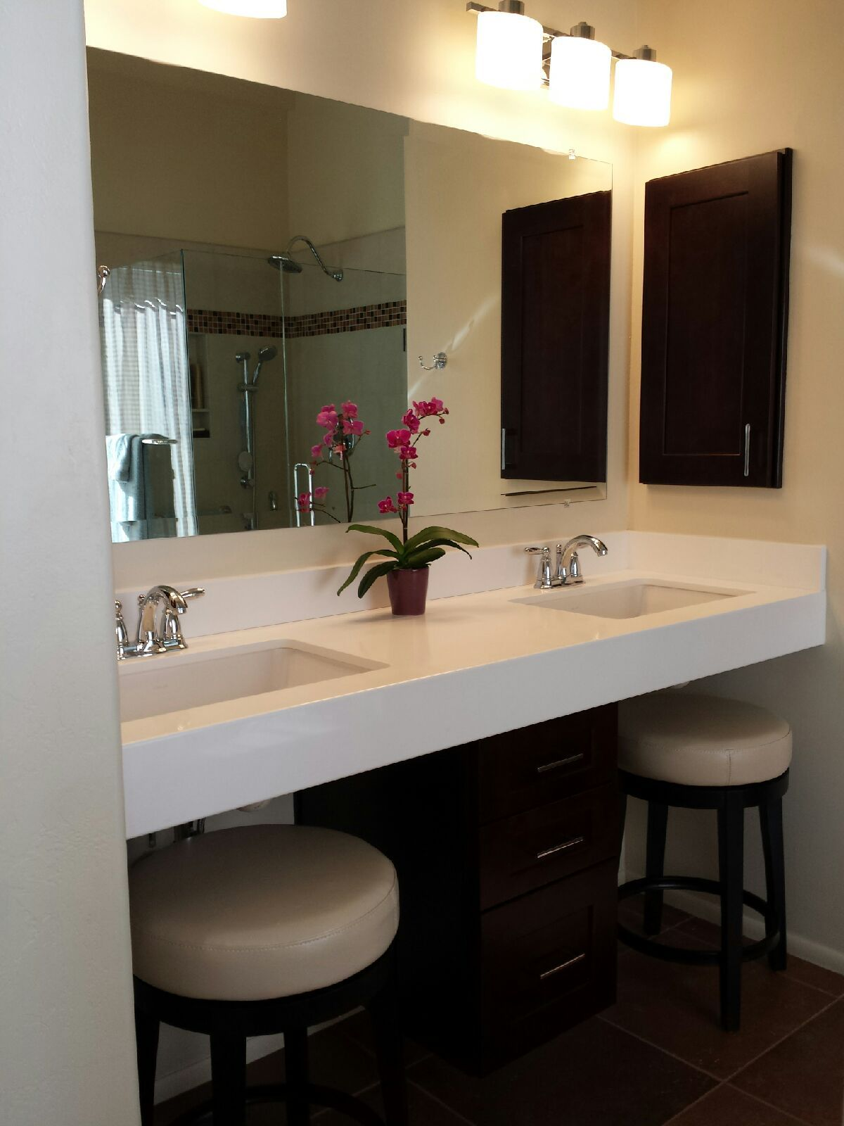 Master bath vanity with ada accessible roll under style - Bathroom vanity under sink organizer ...