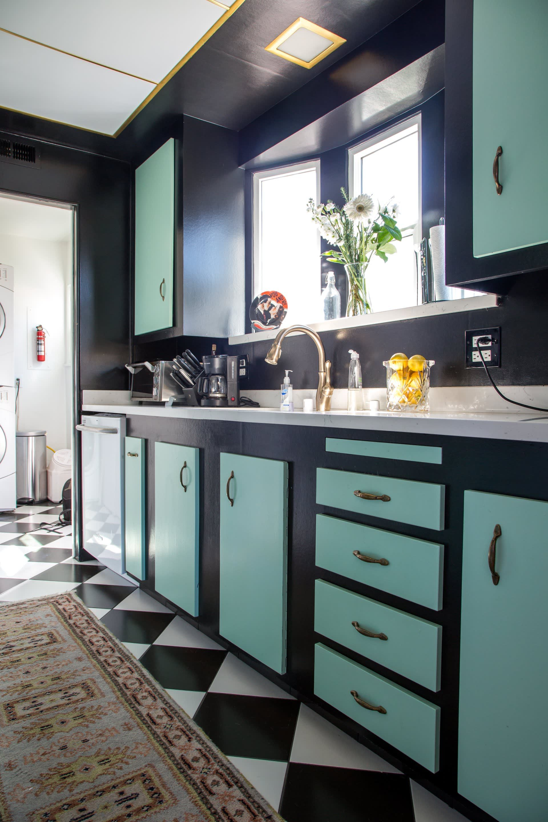 rebecca jared s eclectic hollywood regency in 2020 kitchen colour combination kitchen on kitchen cabinets color combination id=36469