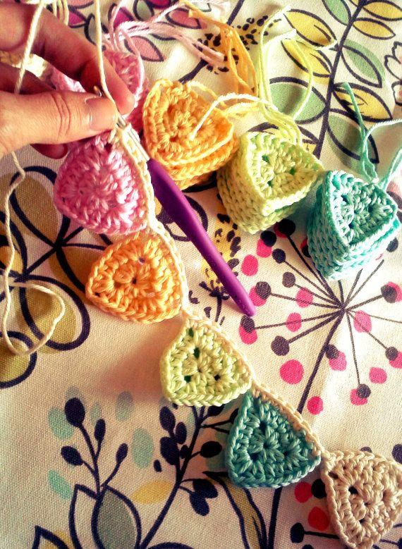 guirnalda crochet | tejido | Pinterest | Guirnaldas, Tejido y Banderin