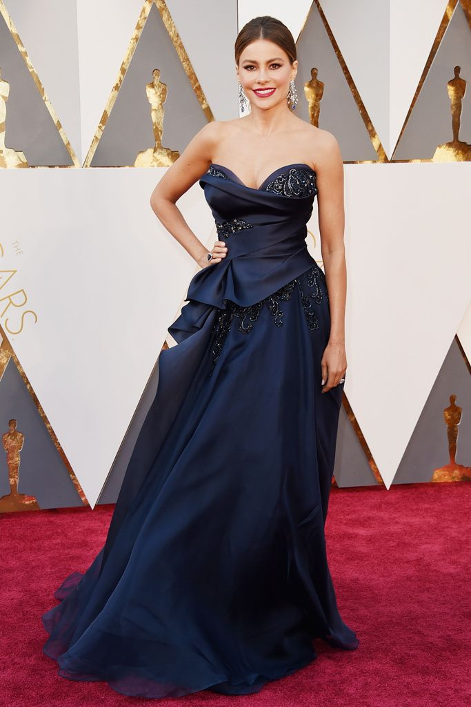 Sofía Vergara (Marchesa) #Oscars2016