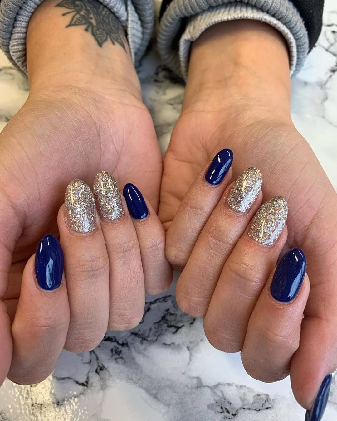 Unas Azul Con Plata