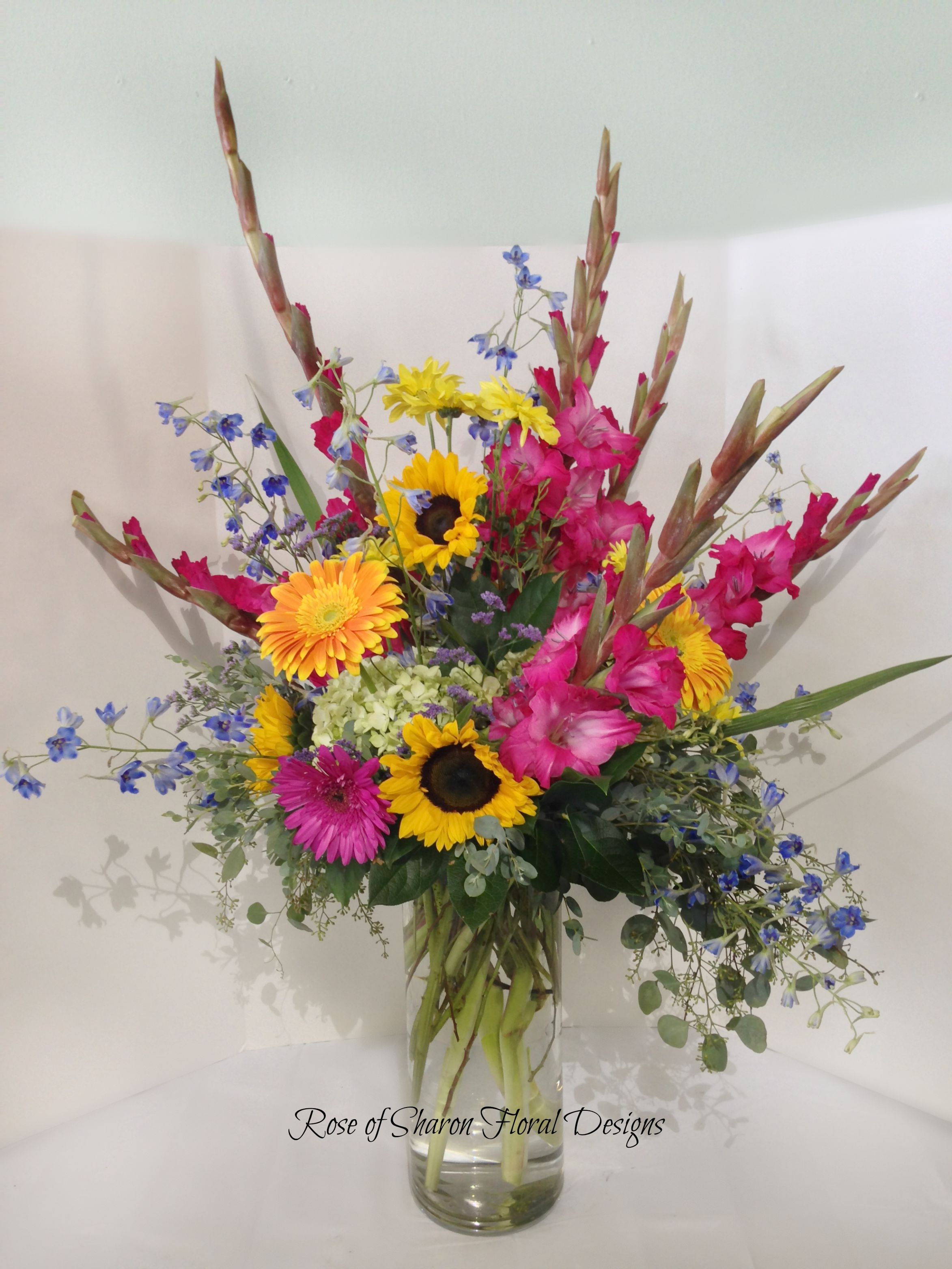 Rose Of Sharon Floral Designs Sunflower Daisy And Gladiolus