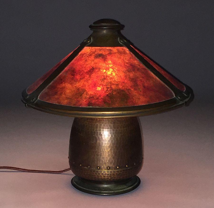 Old Mission Kopper Kraft Hammered Copper U0026 Mica Lamp   Signed   Excellent  Original Patina And