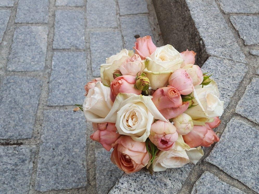 Brautstrauss Rodenkugel Lachs Rosa Creme Wedding Hochzeit