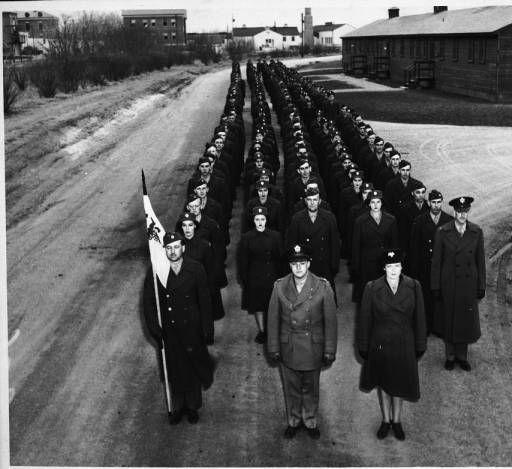 [U.S. Army parade, circa 1944] :: Women Veterans Historical Project