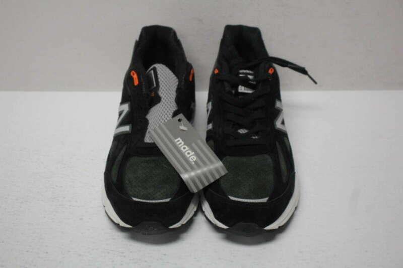 Balance Men's 9D 990v4 Sneaker Black