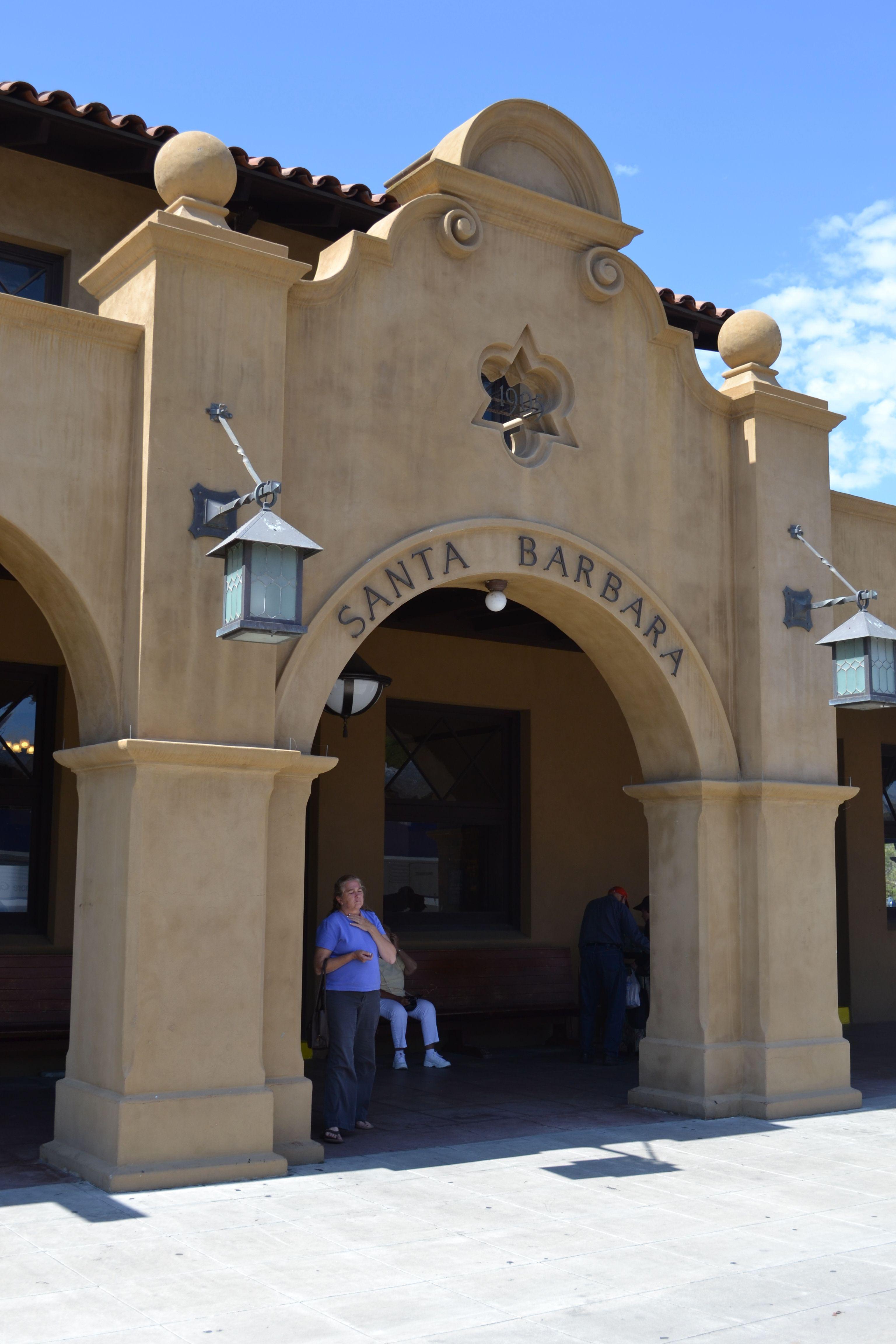 California mission style architecture - Santa Barbara California Usa Train Station Spanish Mission Style Architecture