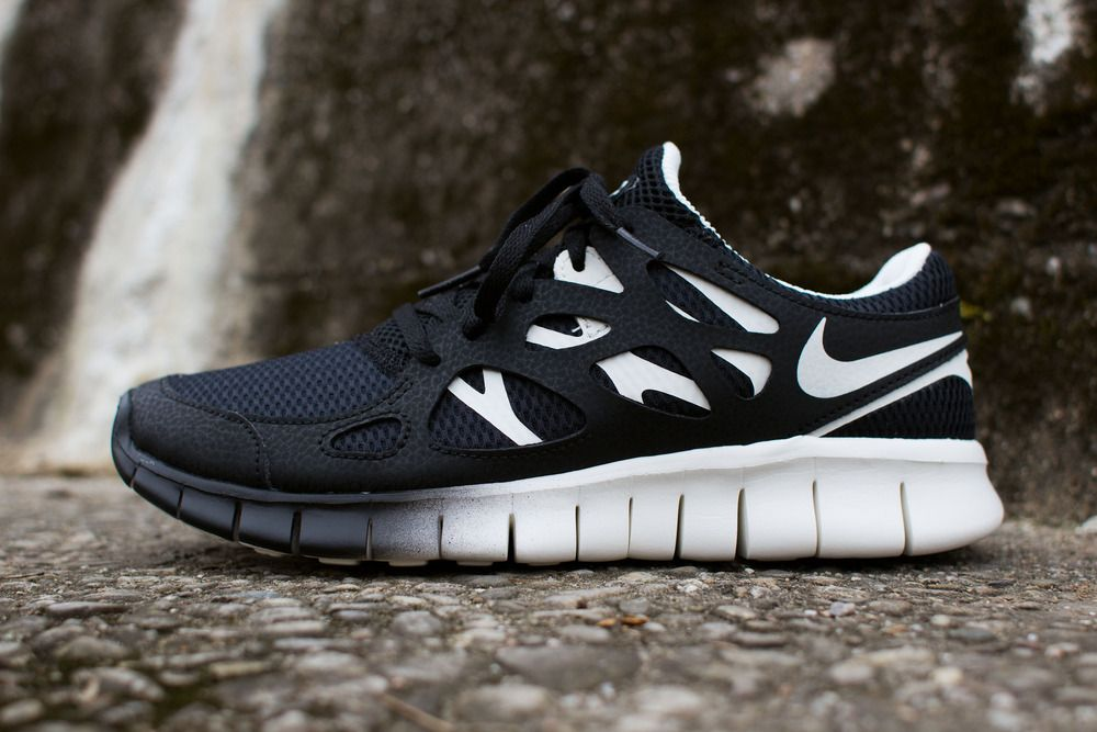 huge selection of 7c7fc b86f7 Nike WMNS Free Run 2 EXT Black