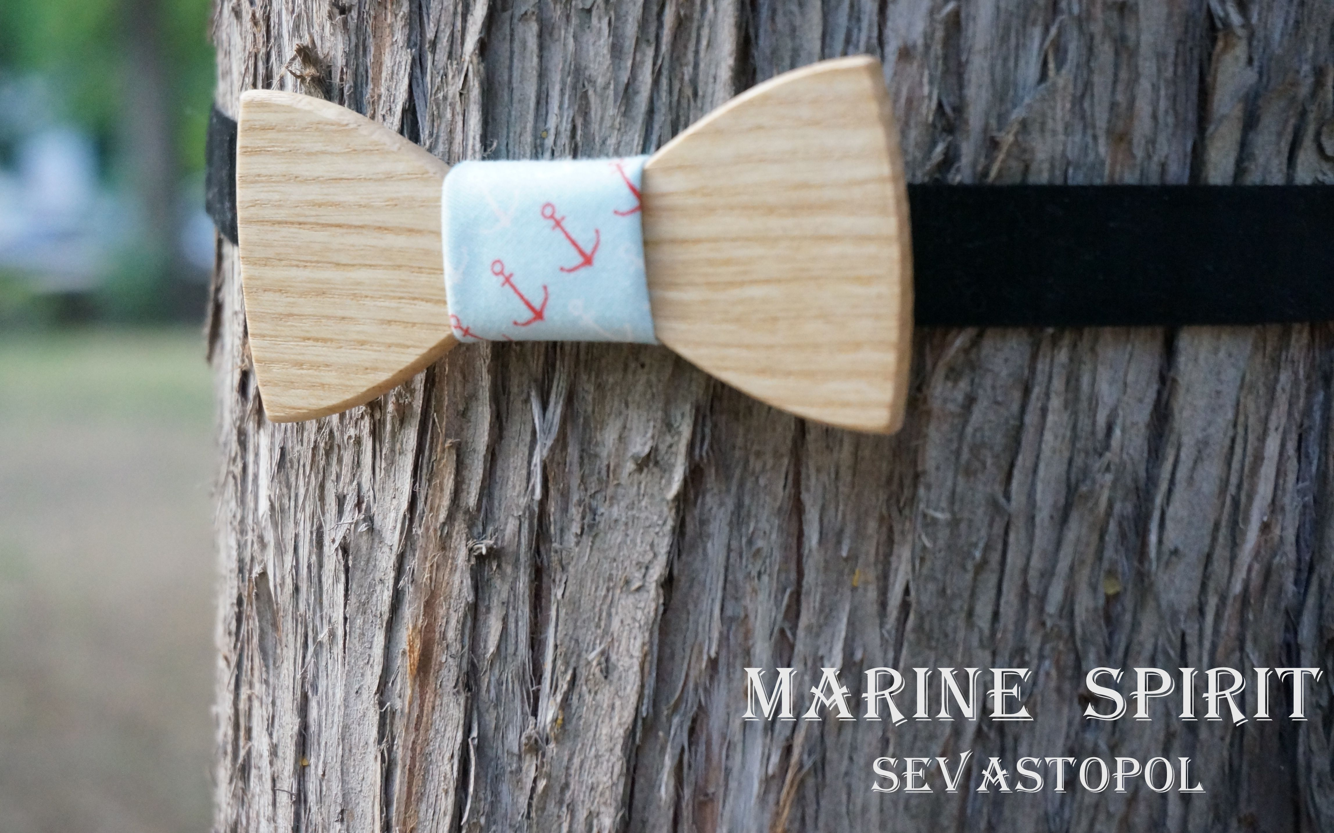 Wooden bow tie. Leander  wood: Fraxinus  material: cotton 100%  size: 10*4,5  price: $38.00 USD  https://www.etsy.com/listing/155092608/wooden-bow-ties?ref=shop_home_active
