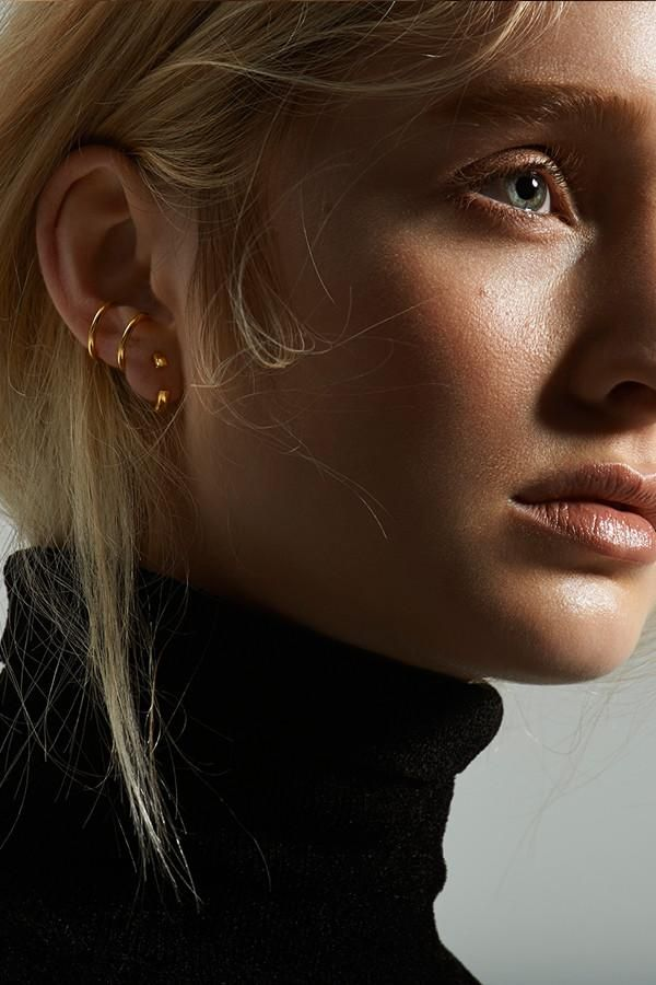 Disrupted 14 Earring High Polished Gold Maria Black