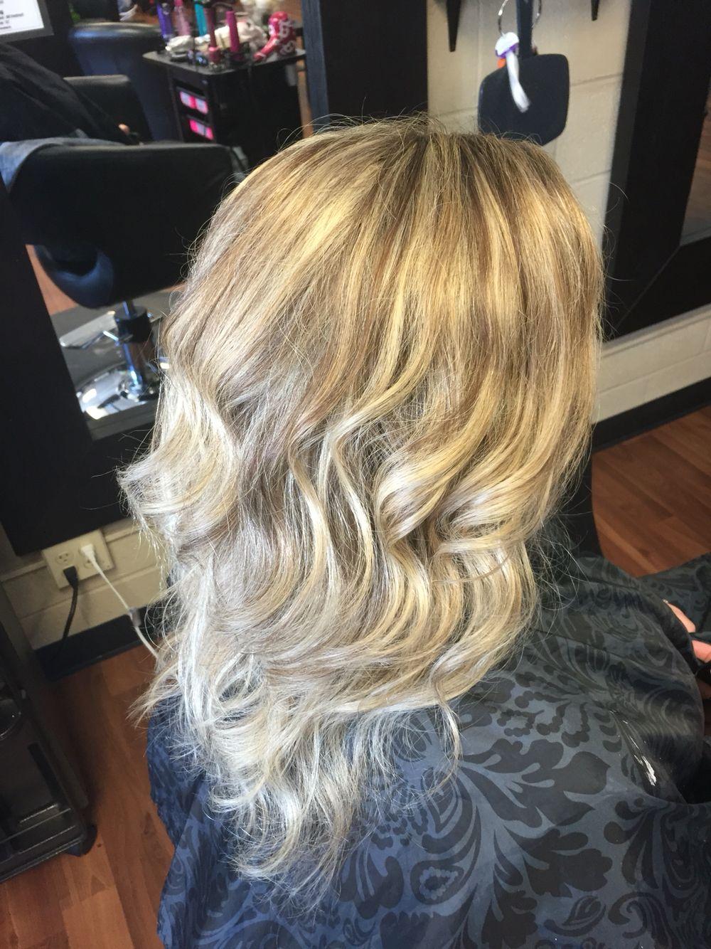 Heavy Ash Blonde Highlight Hair To Do Pinterest Ash Blonde
