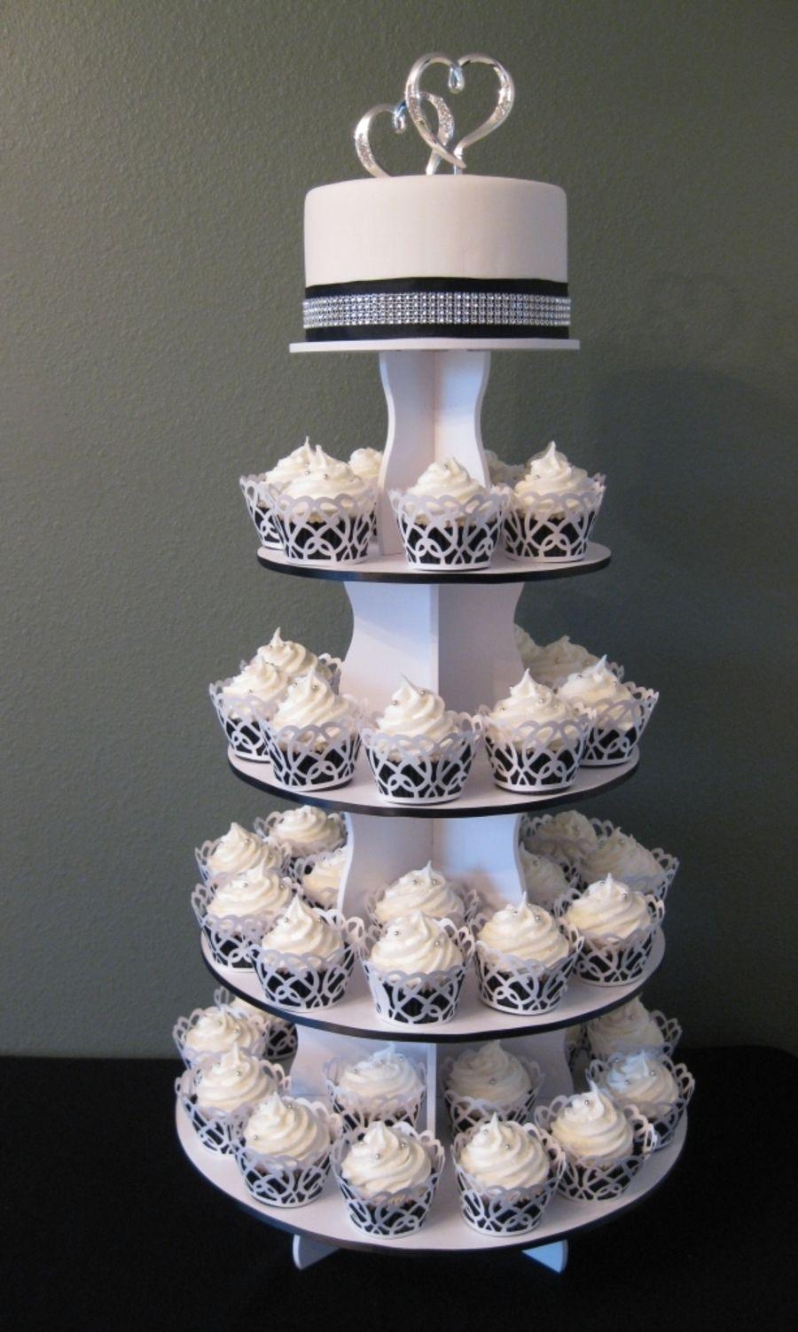 vanilla bean cupcakes with french buttercream Wedding