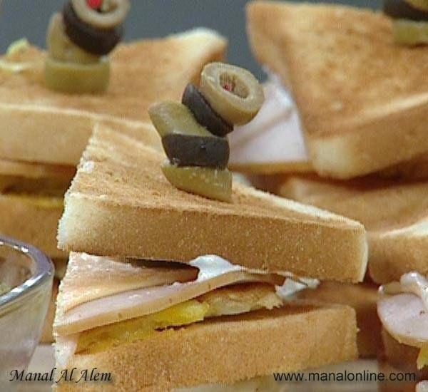 كلوب ساندوتش بالتركي Turkey Club Sandwich Turkey Sandwiches Snacks
