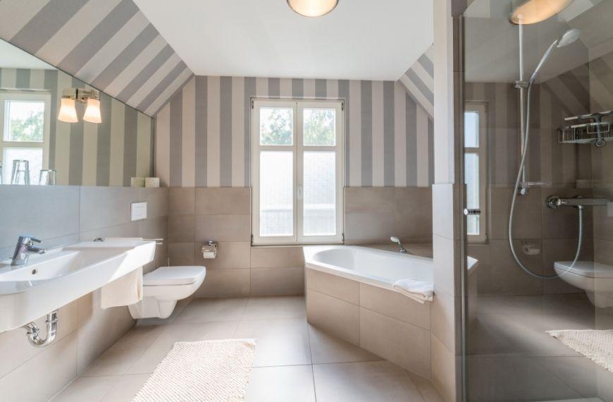 90m², für 4-6 Personen, Wohnzimmer mit gemütlicher Sitzgarnitur und