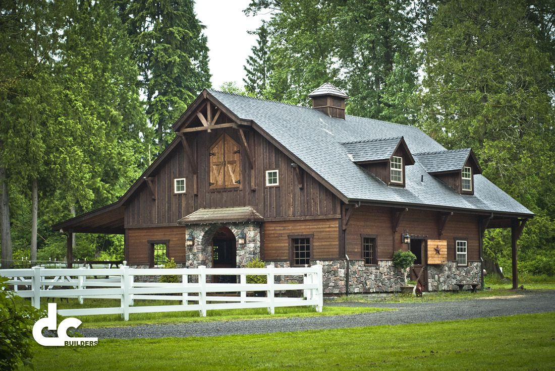 Now this could be a really awesome house delaware barn for House horse barn plans