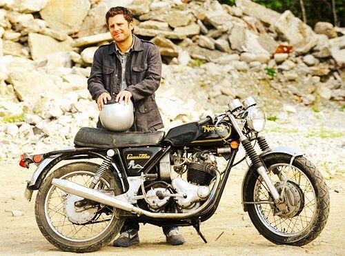 James Roday + Motorcycle = hottttttt | Psych is my love