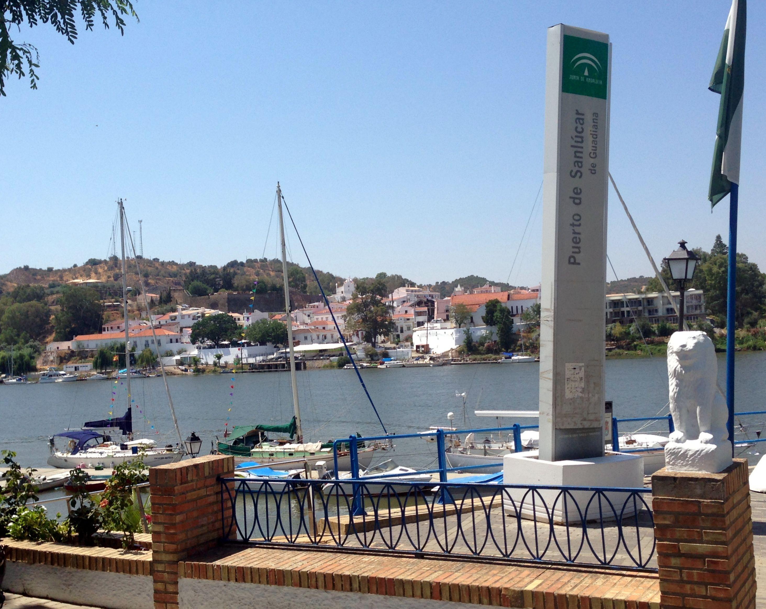 Huelva Sanlúcar De Guadiana Puerto De Sanlúcar De Guadiana 37º 28 23 40 7º 28 6 00 Especial Mención Merece Este Pequeño Y Andalucía Barcos Puerto