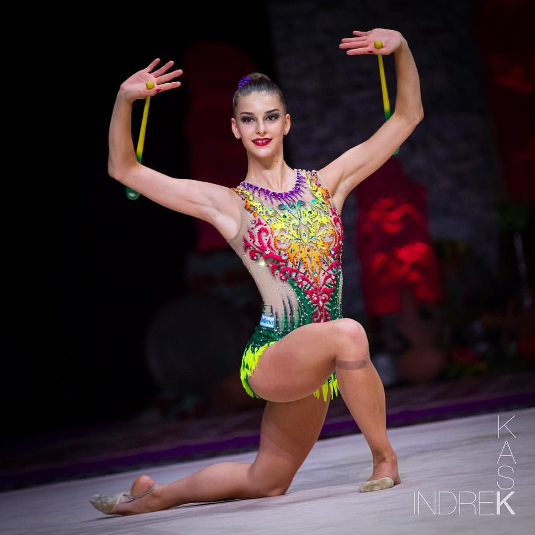 V Leotard for rhythmic gymnastics acrobatics skating