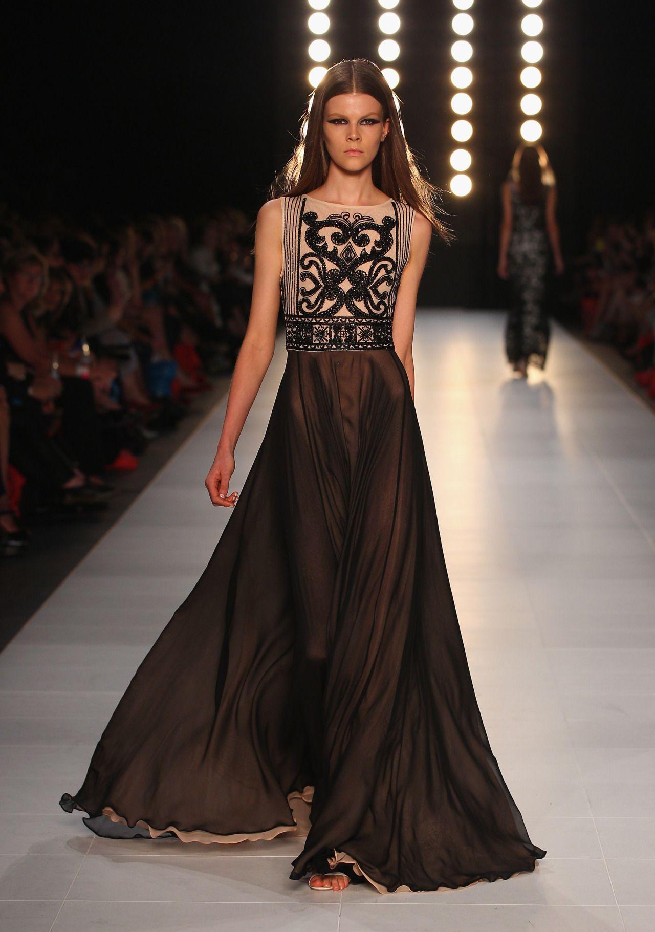 Beautiful Beige & Black - Alex Perry - L\'Oreal Fashion Week ...