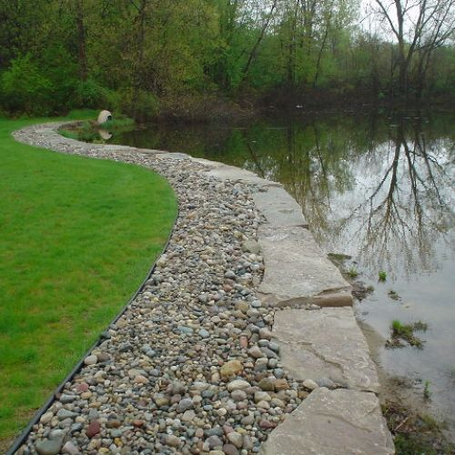 Define Your Lawn And Shore With Maintenance Free Shoreline